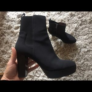 Donald J Pliner Milan2 boots